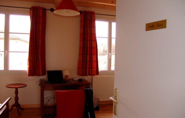 5.-1-Lentrée-de-la-chambre-Pouilly-Fuissé-1